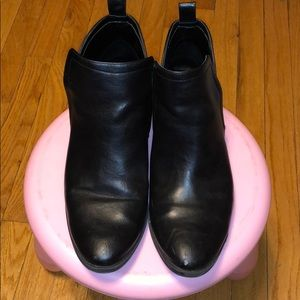 EUC Black Leather Merona Ankle Booties